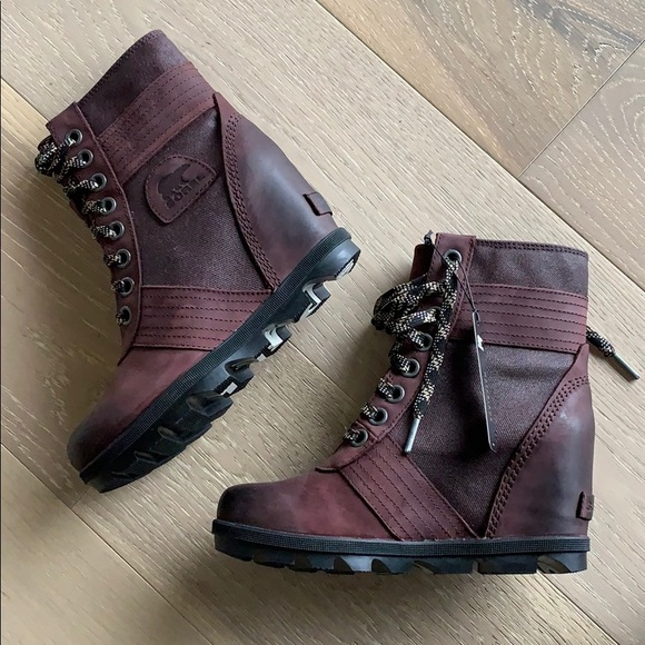 66b6f9a9489f BN Sorel Women s Lexie Wedge Boot